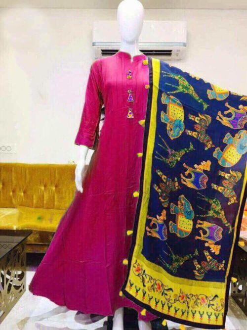 Pink Kurti With Design Printed Dupatta